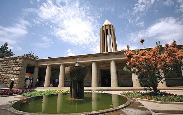 کلاس های آیلتس و تافل برای شهروندان همدان و اراک