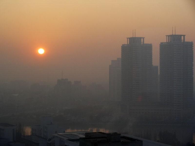 سمپل رایتینگ های ساده آیلتس Causes Solutions Air Pollution Big Cities